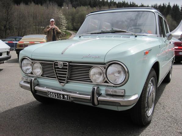 Un modèle très rare Alfa Giulia Break Promiscua - Page 2 1824903-02c9e9e988ee2903dc1c97894a418f55