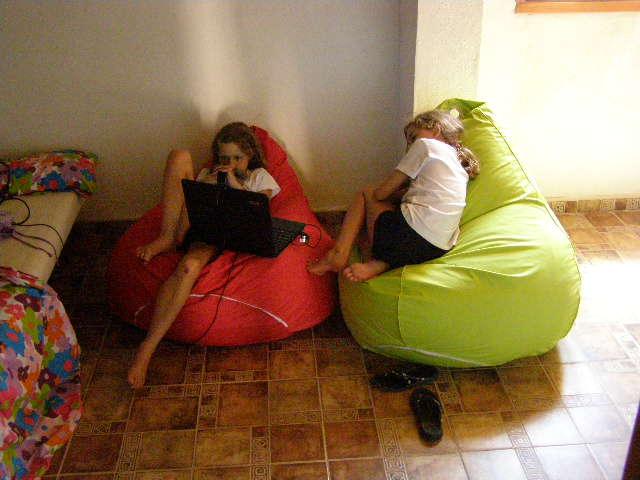 Jeugd Slaapkamer Ikea : Tijdens de siesta, wanneer het nu al 39°C is ...