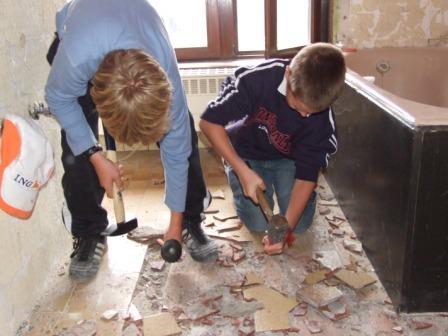 Tegels Badkamer Uitbreken : Verbouwingswerken gentstraat 99
