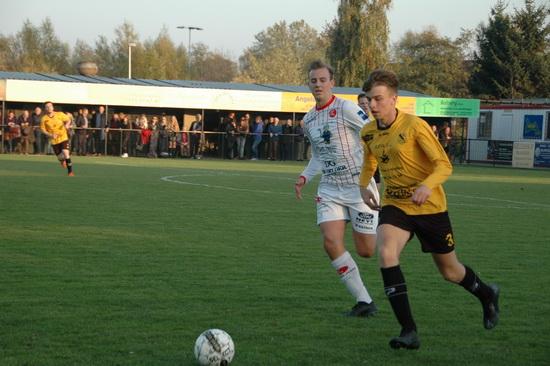4414848ea2a ... KFC HO Kalken II deel aan het oefentornooi van FC Destelbergen. De boys  van coach Nico Gentier spelen twee vriendschappelijke wedstrijden.