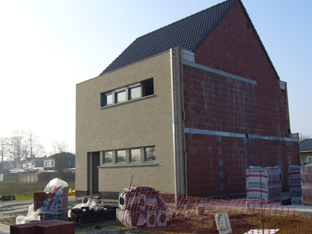 De voeger 39 s hebben ook weer goed hun best gedaan om de ramen te bekladden ik heb er enkele - Moderne kleur huis ...