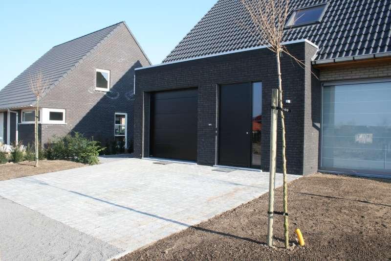 Moderne oprit in kassei bouwinfo for Terras modern huis