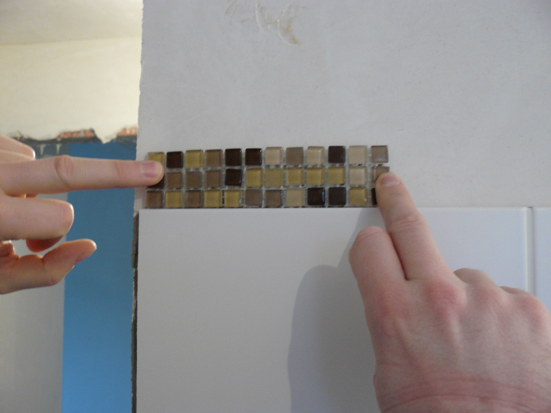 Mozaiek Tegels Plaatsen : Mozaiek tegels plaatsen