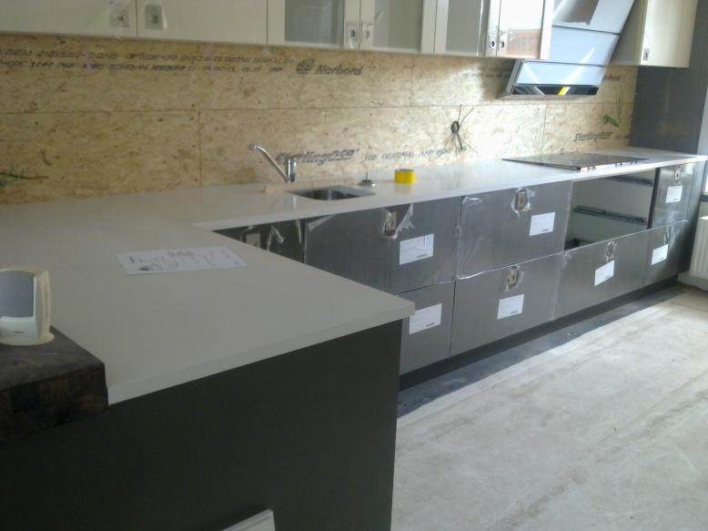 Keukenkasten Laminaat: Tefor gerecycleerd laminaat en print hpl ...